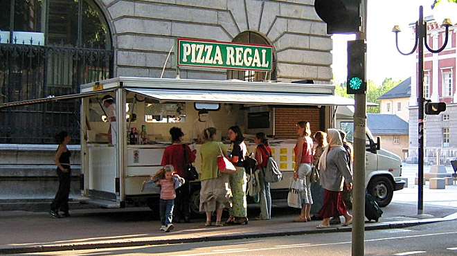 Pizza régal à emporter chambéry